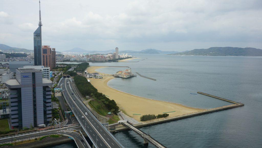 Fukuoka - widok na plażę z Hilton